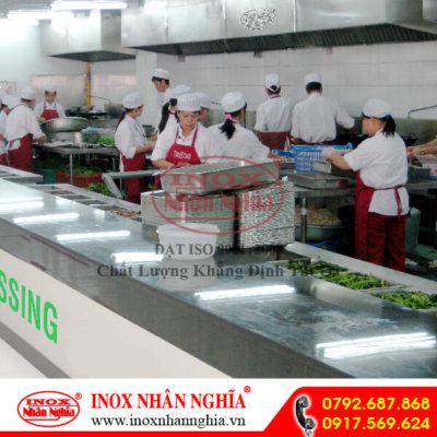 không gian bếp công nghiệp