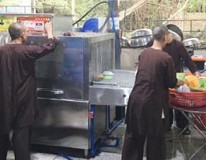 đơn hàng máy rửa lớn giao cho chùa